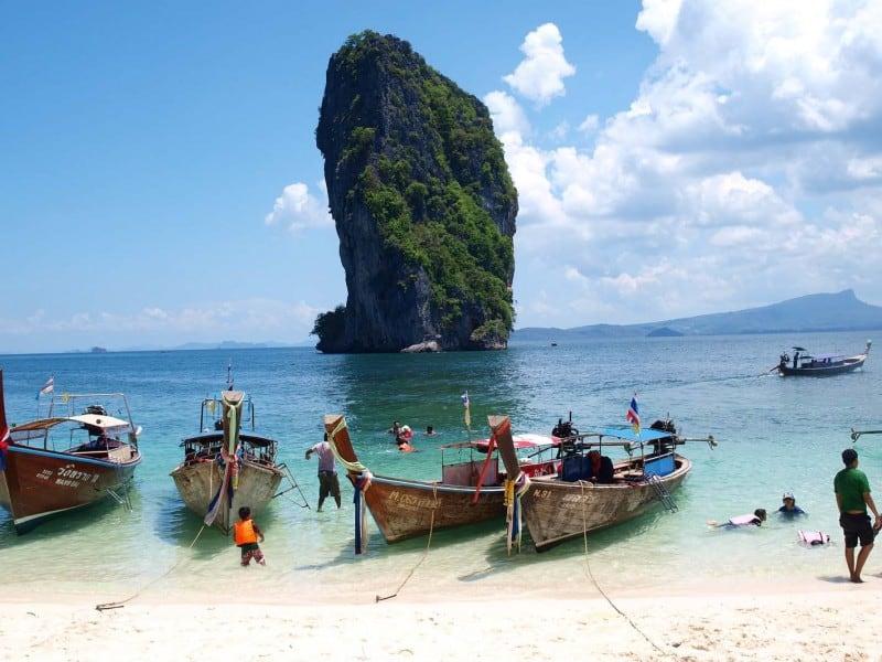 Krabi island hopping to poda island
