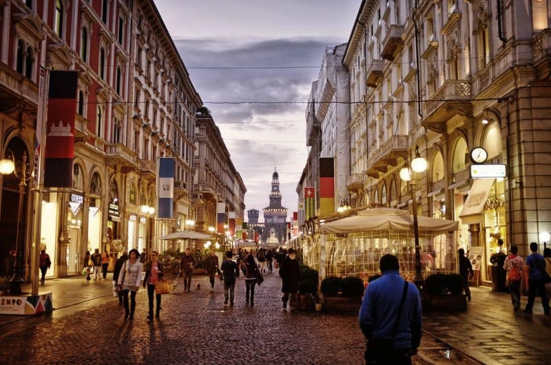 Spend a day for shopping in Milan during your 7 days in Italy.