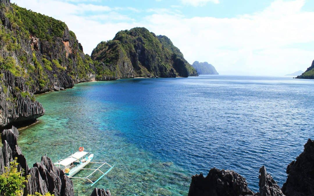 El Nido, Philippines: Island Hopping in Paradise