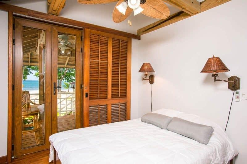 apartment beach bed pai thailand